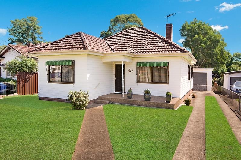 2-bed cottage gets top dollar